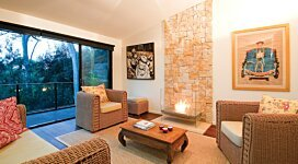 Igloo Designer Fireplace - In-Situ Image by EcoSmart Fire
