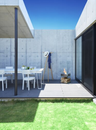 Private Residence Courtyard - Outdoor Spaces