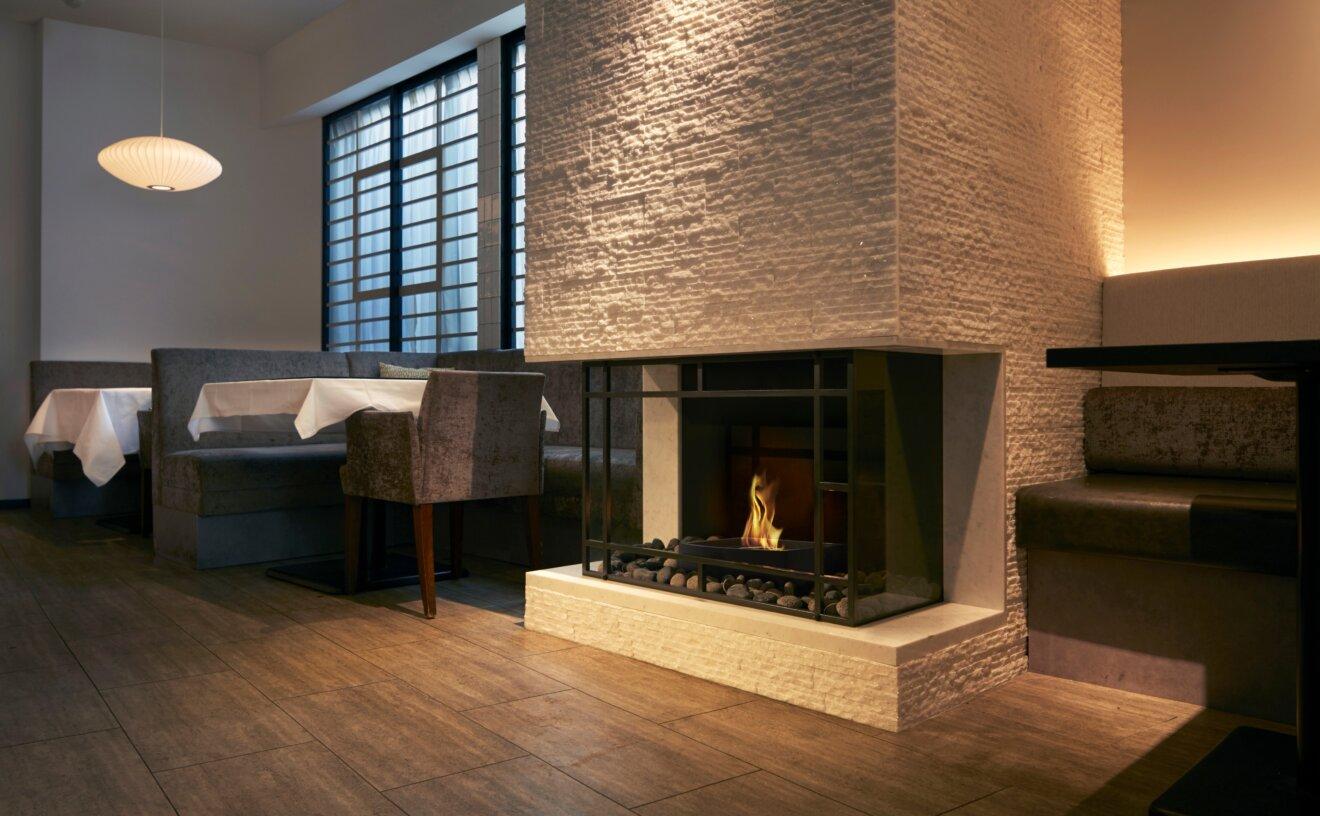grate-18-fireplace-grate-casa-bianca-cafe.jpg